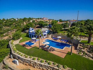 5 bedroom Villa in Malhadais, Faro, Portugal : ref 5585485