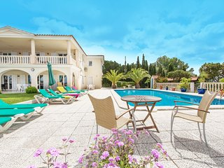 4 bedroom Villa in Cala Galdana, Balearic Islands, Spain : ref 5585407