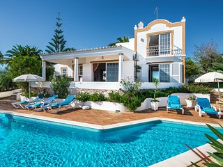 3 bedroom Villa in Guia, Faro, Portugal : ref 5585546