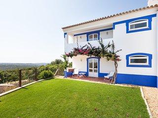 Malhadais Villa Sleeps 8 with Pool Air Con and WiFi - 5585394