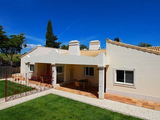 2 bedroom Villa in Estômbar, Faro, Portugal : ref 5237986