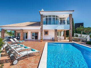5 bedroom Villa in Terras Novas, Faro, Portugal : ref 5585533