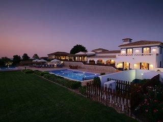 Malhadais Villa Sleeps 14 with Pool Air Con and WiFi - 5585388