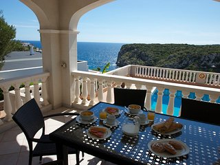 Cala en Porter Villa Sleeps 6 with Pool Air Con and WiFi - 5237966
