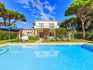 3 bedroom Villa in Quinta do Lago, Faro, Portugal : ref 5237992