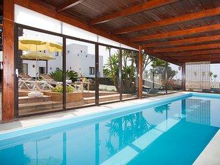 3 bedroom Villa in Conil, Canary Islands, Spain : ref 5585573