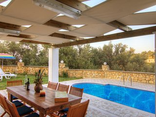 4 bedroom Villa in Kyrianna, Crete, Greece : ref 5585548