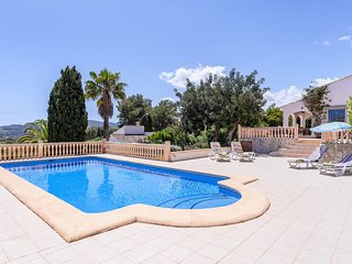 3 bedroom Villa with Pool, Air Con and WiFi - 5237968