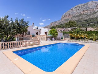 Xabia Villa Sleeps 6 with Pool Air Con and WiFi - 5237968