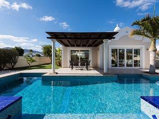 2 bedroom Villa in Puerto del Carmen, Canary Islands, Spain - 5585536