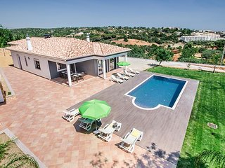 4 bedroom Villa in Terras Novas, Faro, Portugal - 5585397