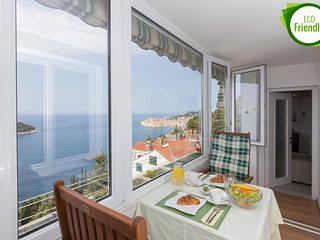 Apartment Aurum - One Bedroom Apartment With Loggia and Sea View