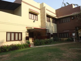 Patel Residency Guest House (Single Room) 1