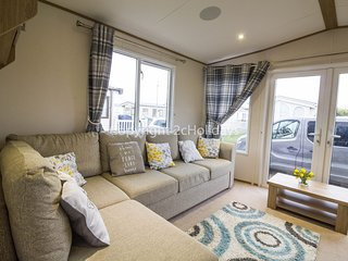 8 berth caravan at California Cliffs Holiday Park, in Scratby. REF 50053K
