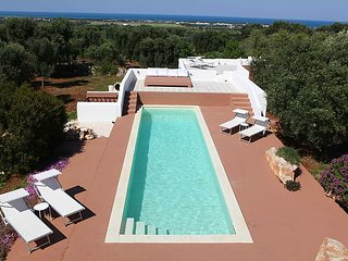 Vakantiewoning Casa3 'guesthouse' 3 rooms, 6 guests  olive trees  sea view