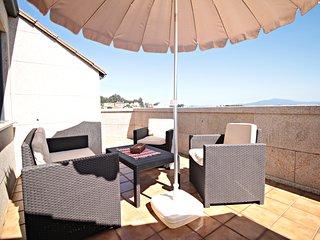 Espectacular atico de 3 dormitorios con terraza  y vistas al mar .Ref  PA-0054