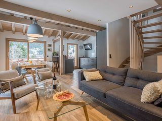 Stay at Chalet de l'Ours with 'Very Good' Property Manager 4.5/5