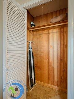 Closet in 1st Bedroom