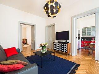Spacious luxury apartment in the centre of Krakow