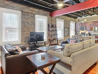 "Rest Well with Southern Belle Vacation Rentals at ""Ellis Square Loft"""