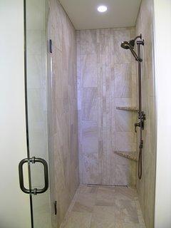 WAUPOOS BATHROOM:  shower + hand held shower; infinity drain