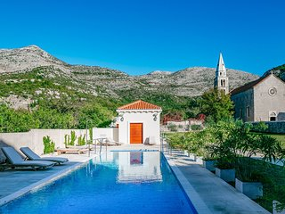 2 bedroom Apartment in Slano, Dubrovacko-Neretvanska Zupanija, Croatia : ref 554