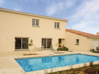 5 bedroom Villa in Roujan, Occitania, France : ref 5585749