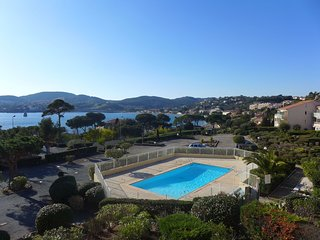 2 bedroom Apartment in Agay, Provence-Alpes-Côte d'Azur, France : ref 5556728