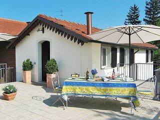 4 bedroom Apartment in San Salvatore Monferrato, Piedmont, Italy : ref 5443258