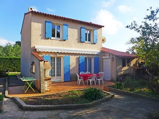 3 bedroom Villa in Costebelle, Provence-Alpes-Côte d'Azur, France : ref 5541813