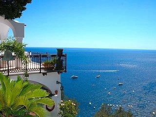 Positano Villa Sleeps 14 with Pool Air Con and WiFi - 5579399