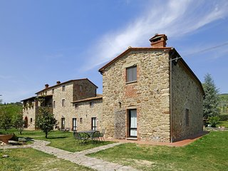 2 bedroom Apartment in Castelonchio, Umbria, Italy : ref 5537389