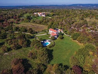5 bedroom Villa in Makovci, Istria, Croatia : ref 5585780