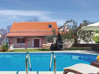 3 bedroom Villa in Puljane, Šibensko-Kninska Županija, Croatia : ref 5585744