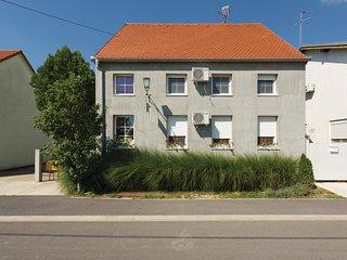 5 bedroom Villa in Vukovar, Vukovar-Sirmium, Croatia : ref 5543707