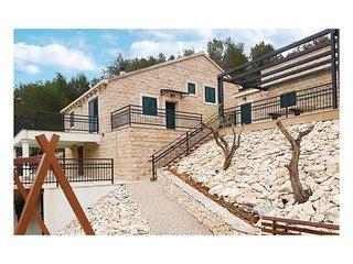 4 bedroom Villa in Povlja, Splitsko-Dalmatinska Zupanija, Croatia : ref 5585761