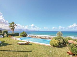 2 bedroom Villa in Sicciarotta-Calatubo, Sicily, Italy : ref 5585663