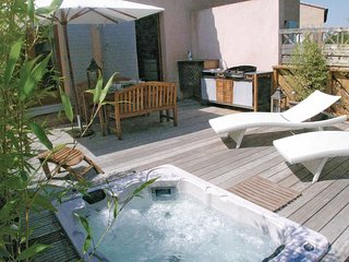3 bedroom Villa in Cazan, Provence-Alpes-Cote d'Azur, France : ref 5522394