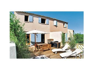 3 bedroom Villa in Cazan, Provence-Alpes-Côte d'Azur, France : ref 5522394