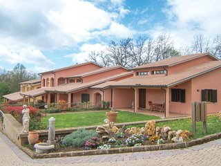 1 bedroom Apartment in Sant'Anna, Tuscany, Italy : ref 5566845