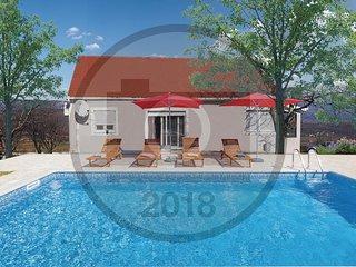 4 bedroom Villa in Bani, Splitsko-Dalmatinska Županija, Croatia : ref 5585740