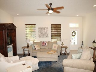 San Marco, 4 Bedroom, WIFI, Located in the Heart of Downtown St. Augustine
