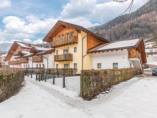 3 bedroom Apartment in Bocenago, Trentino-Alto Adige, Italy : ref 5548818