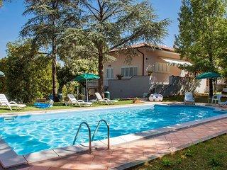 4 bedroom Apartment in Pomaia, Tuscany, Italy - 5557886