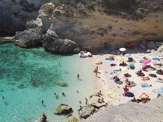 Antica Dimora  con wi-fi, volte in pietra e terrazino a pochi minutI da Otranto