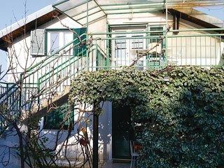 4 bedroom Villa in Jadrija, Šibensko-Kninska Županija, Croatia : ref 5585750