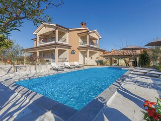 4 bedroom Villa in Santalezi, Istria, Croatia : ref 5585711