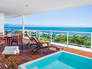 Grand Luxxe  2 Bedroom Master Suite, Master Villa, Spa Suite