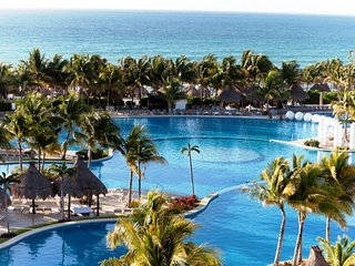 Grand Mayan Nuevo Vallarta -  Mar 23-30  2Br weeks available - Act now!