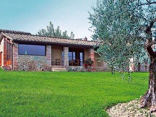 2 bedroom Villa in Luiano, Tuscany, Italy : ref 5513187